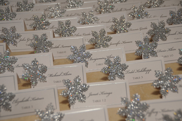 winter-wedding-snowflake-place-cards-jessica-lauren-photography