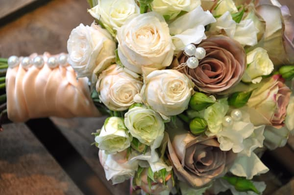 vintage-inspired-wedding-bouquet